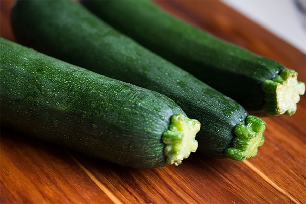 courgette-cucumber-food-128420.jpg Thumbnail